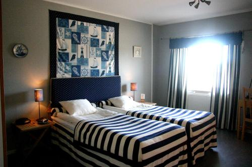 Отель Alséns Hotell 3 звезды Швеция