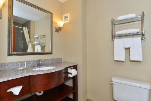 Comfort Inn & Suites Clinton