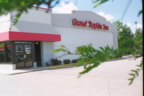 Picture of Grand Rapids Inn
