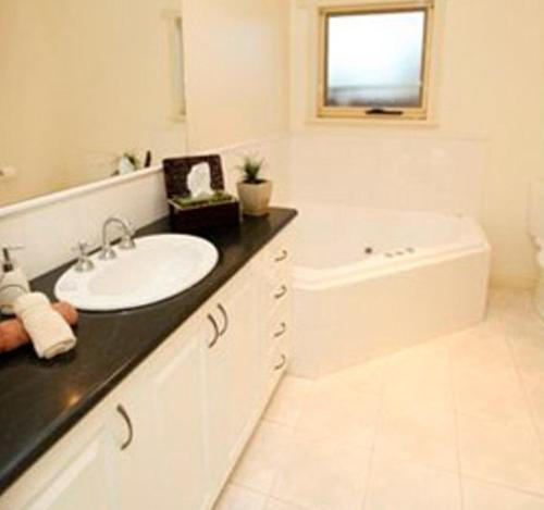 Two-Bedroom Apartment - Bathroom Salt Air on Banyan