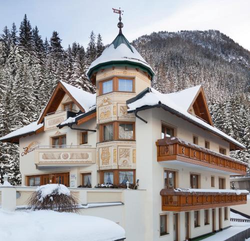 Haus Seeblick Hotel Garni Ferienwohnungen: Hotel Garni Pra Posta In Ischgl Und Weitere Hotels Und