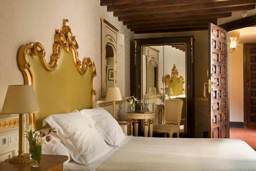 Habitación Individual Básica Hotel Casa 1800 Granada 1