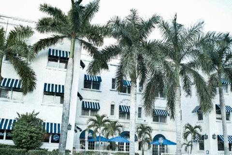 Photo of Blue Moon Hotel Hotel Bed and Breakfast Accommodation in Miami Beach Florida