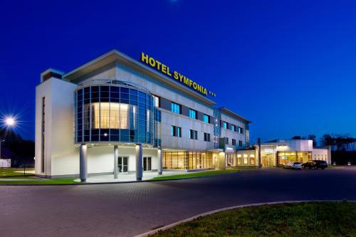 Отель Hotel Symfonia 3 звезды Польша