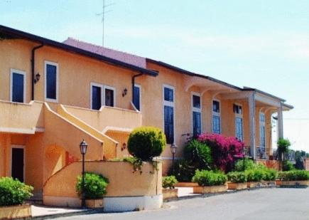 foto Ares Hotel (Cannizzaro)