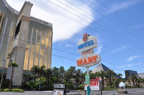 Motel 8 Las Vegas