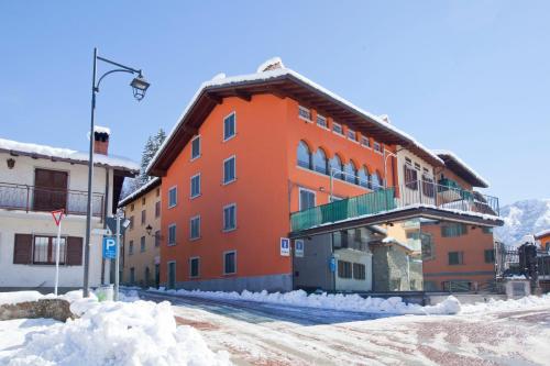 foto Albergo Diffuso Borgo Presolana (Fino del Monte)