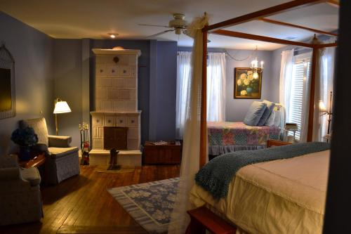 Double or Twin Room with Extra Bed - The Larkspur