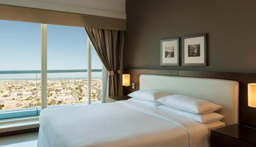 Four Points by Sheraton Sheikh Zayed Road photo 8