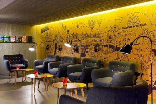 Hotel L U0026 39 Heliopic Sweet And Spa  Chamonix  France Overview