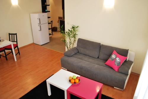 Marty's Downtown Apartment, Sofia