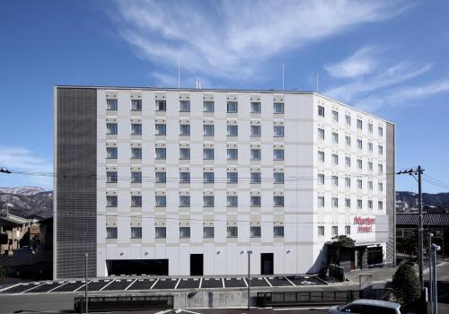 Отель Tsuruga Manten Hotel Ekimae 3 звезды Япония