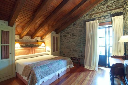 Superior Double Room - single occupancy Hotel Antsotegi 4