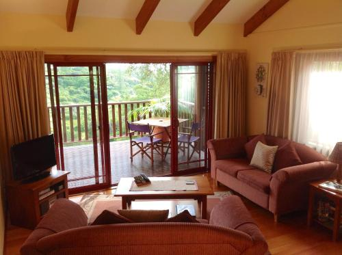Jacaranda Park Holiday Cottages, Бернт-Пайн