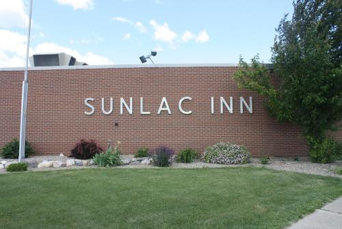 Sunlac Inn Lakota