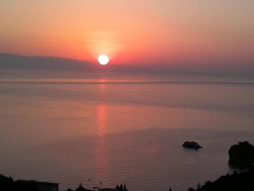 B&B La Terrazza Sul Mare Taormina, Taormina | RentalHomes.com