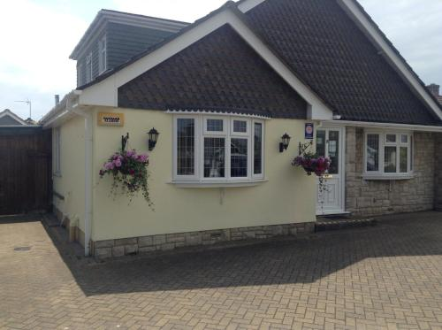 Bure Lodge (Bed & Breakfast)