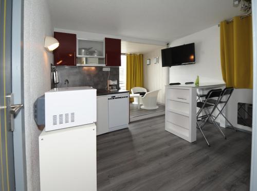 Отель Résidence Biellaz- Menuires Immobilier 0 звёзд Франция