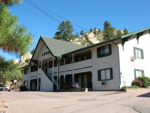 Coyote Motel