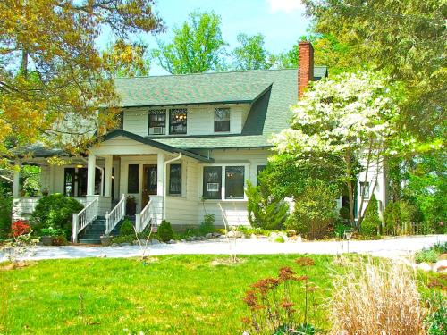 Oakland Cottage Bed and Breakfast, Asheville - Promo Code Details