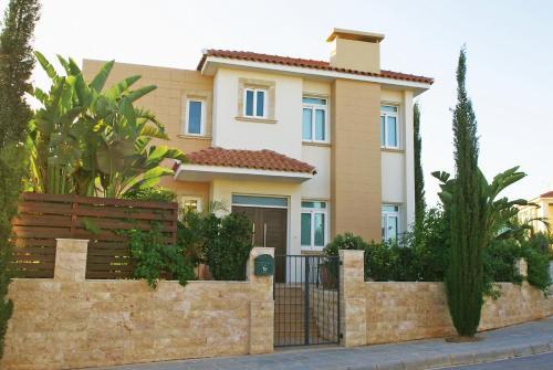 Villa Orpheya