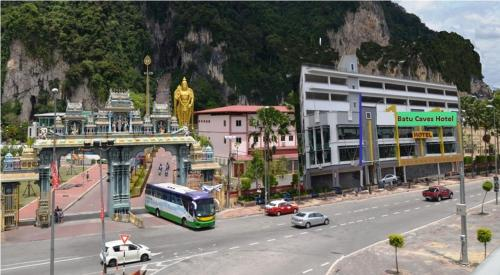 Batu Caves Business Hotel front view