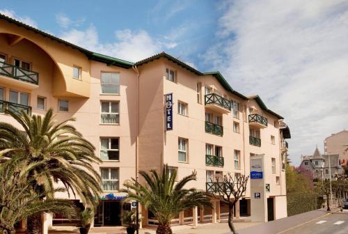 3 starts hotel in Biarritz