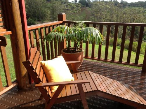 Jacaranda Park Holiday Cottages, Burnt Pine