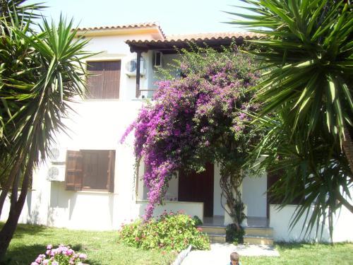 Hotel Elytis - Potistika Greece