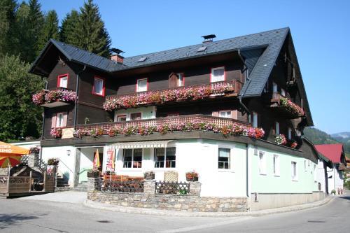 Gasthof Jagawirt - Fünfbettzimmer mit Balkon