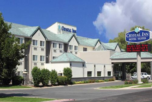 Crystal Inn Hotel & Suites - Logan