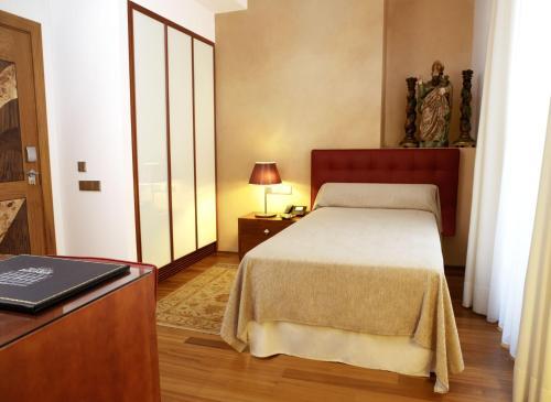 Habitación Individual Hotel Mirador de Dalt Vila 1