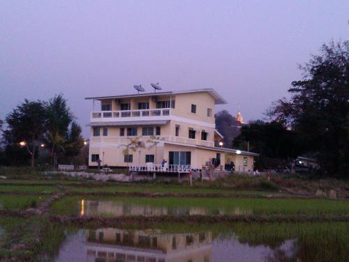 Him Doi House @Doisaket