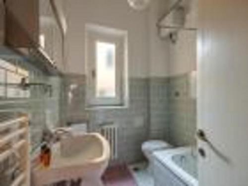 One-Bedroom Apartment - Via Malenchini 1 - Third Floor