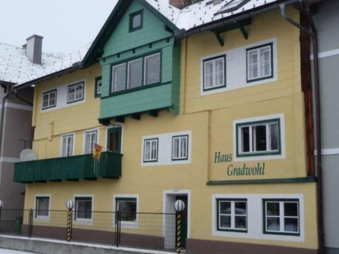 More about Haus Gradwohl