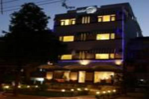 AASHRAYE HOTEL