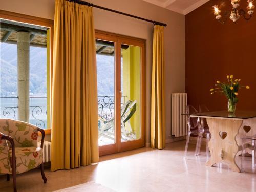 foto Residenza Lago di Lugano (Claino con Osteno)
