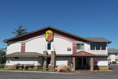 Super 8 Motel - Bemidji