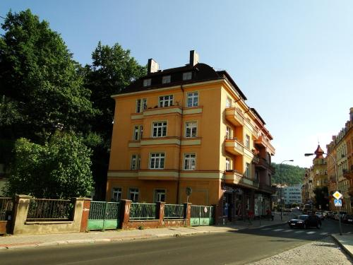 Apartament Tolin