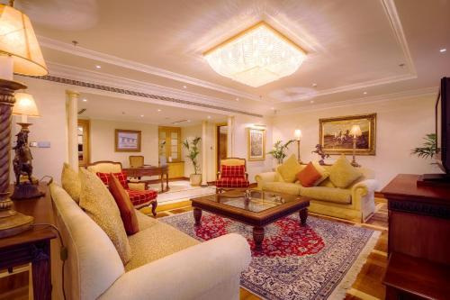 Millennium Corniche Hotel Abu Dhabi photo 20
