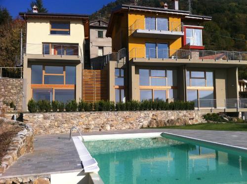 La Terrazza Sul Lago, Bellano,Lake Como | RentalHomes.com