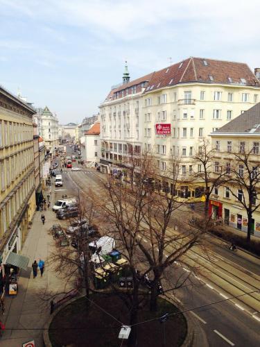 Deluxe Apartment Karlsplatz