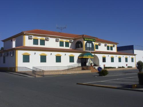 Отель Hotel Romba 2 звезды Португалия