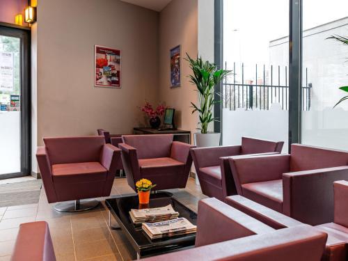 lagrange apart hotel paris boulogne h tel 16 cours de l 39 ile seguin 92100 boulogne billancourt. Black Bedroom Furniture Sets. Home Design Ideas