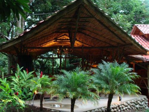 Hotel Quebrada Grande