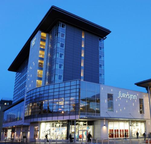 Stay at Jurys Inn Aberdeen