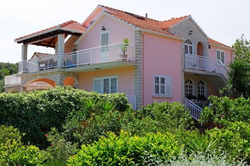 Apartments Julija
