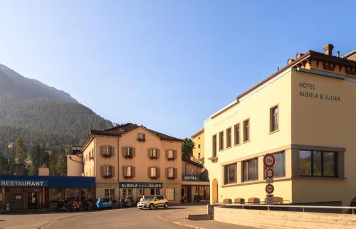 Hotel Albula & Julier front view