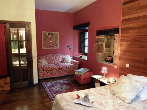 Superior King Room Casona de San Pantaleón de Aras 4