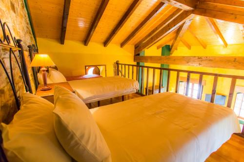 Quadruple Room Casa do Merlo 6